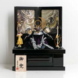 五月人形兜飾りが安い 広島市の人形問屋十二段屋